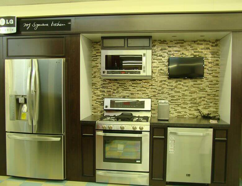 Browse Our Showroom Gallery To View Our Large Selection Of Appliances  Ranging From Basic To Professional, And From Kitchen To Laundry!